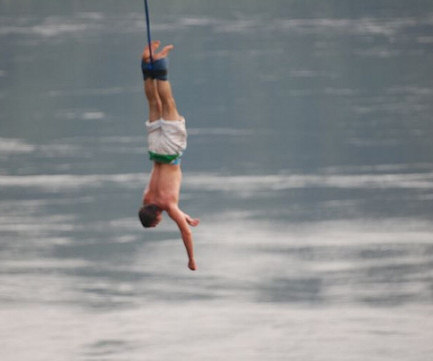 bungee jumping holidays